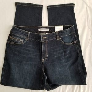 Chico's NWT Platinum Ankle Jeans